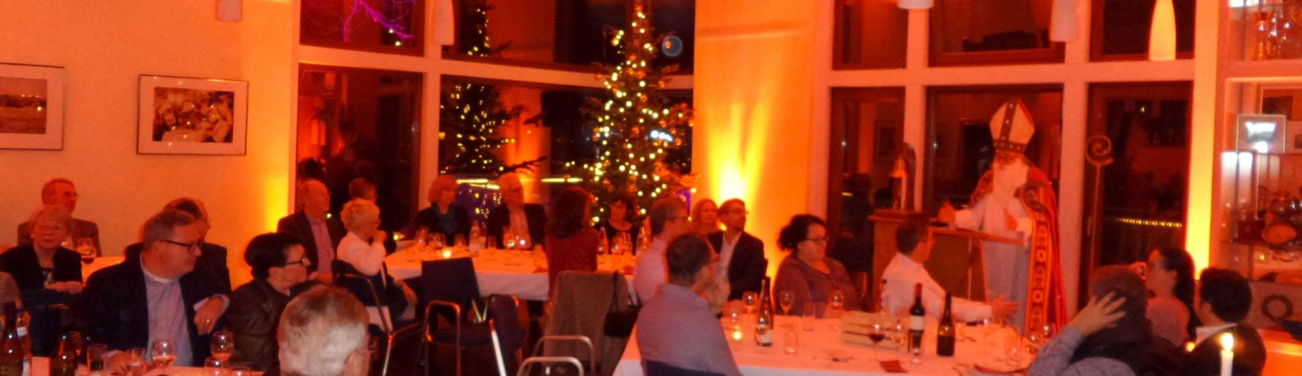 Nikolausfeier bei der BRG – Mit Bar und neu, mit Stuhlraum-Buffet